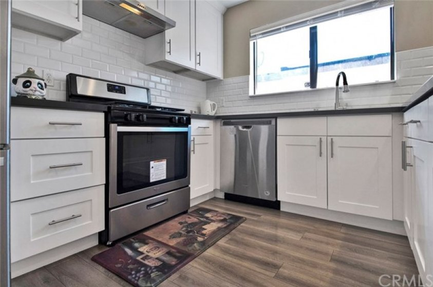 Stainless Steel appliances  with GAS RANGE!!!