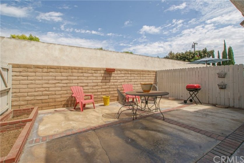 Kids or pets are completely safe in this enclosed rear patio