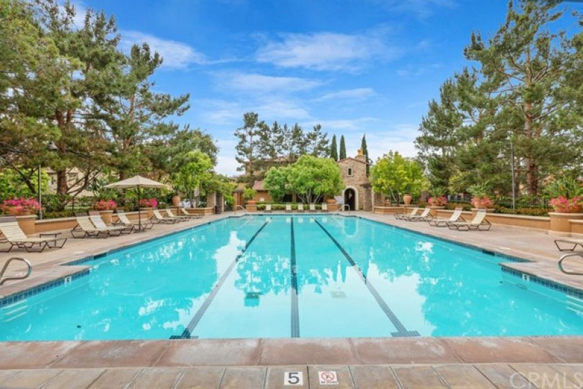 Luxurious pool, spa, clubhouse and bar-b-que area privately offered to the exclusive Glen Green community.