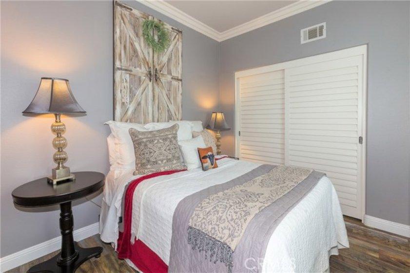 Second bedroom, second floor - own bathroom (Jr master suite)