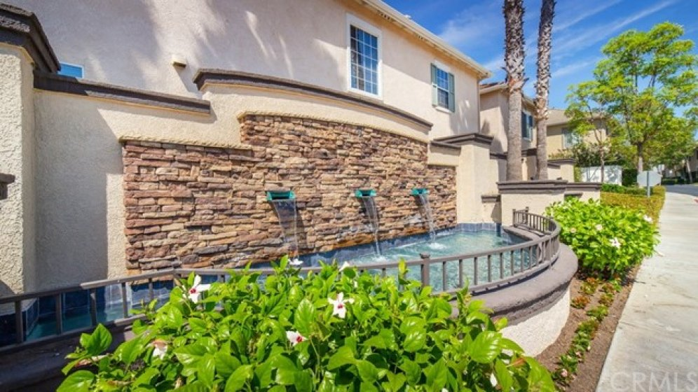 Lovely fountain welcomes residents & their guests at entry to Mirasol & Melrose gated community.