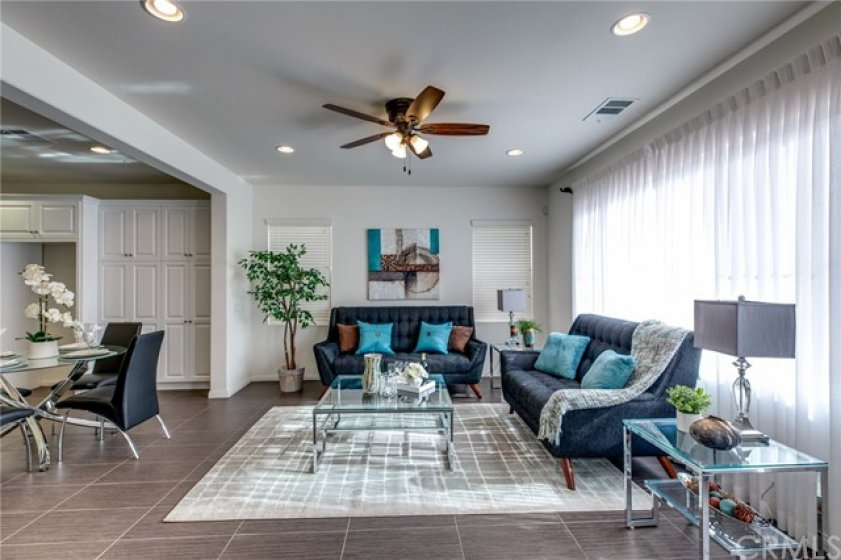 Living room of 783 Gatun #243