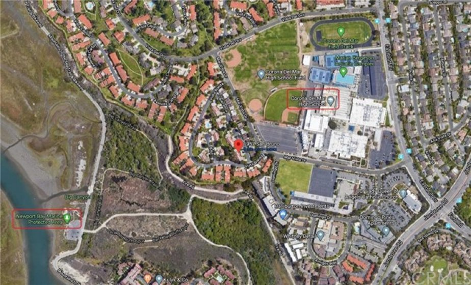Walking distance to Newport Bay & Corona Del Mar High School & Middle School