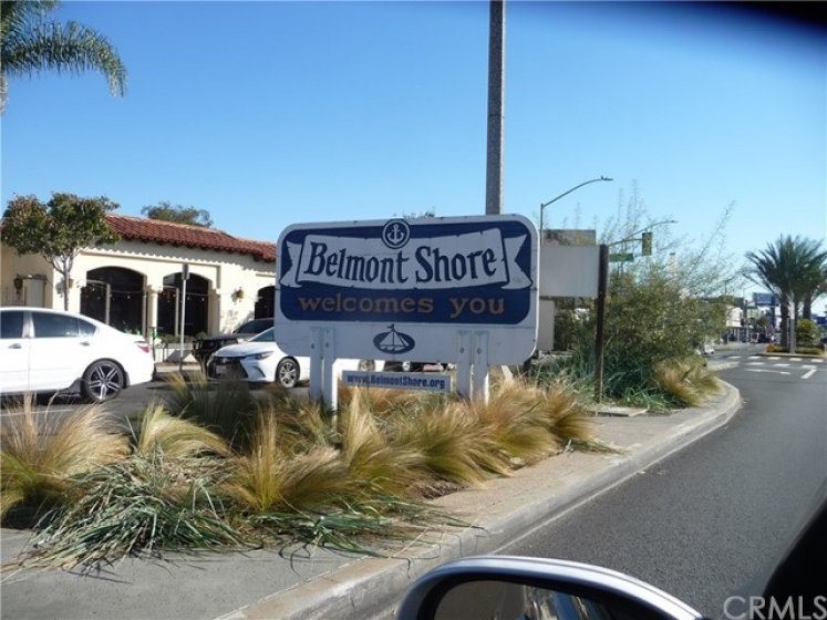 Belmont Shore Welcomes You-Sign