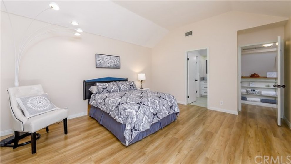 Plenty of room in this Master Suite.