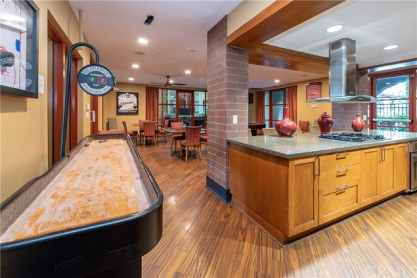Recreaction Room with games & full kitchen.  (can be reserved for private party)