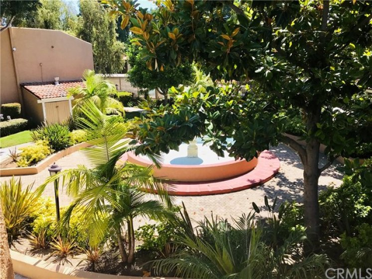 1001 W. MacArthur Blvd. #24 Santa Ana (South Coast Metro Area) South Coast Villas. This Condo is very well located just within the gates with a view of the fountain and close to visitor parking, Recreation Room, Pool & Spa and Playground! Parking is just steps away, 1 Assigned Carport + 1 Open Space + 1 Guest Parking Pass
