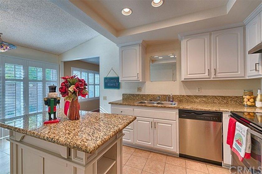 Gorgeous kitchen with island