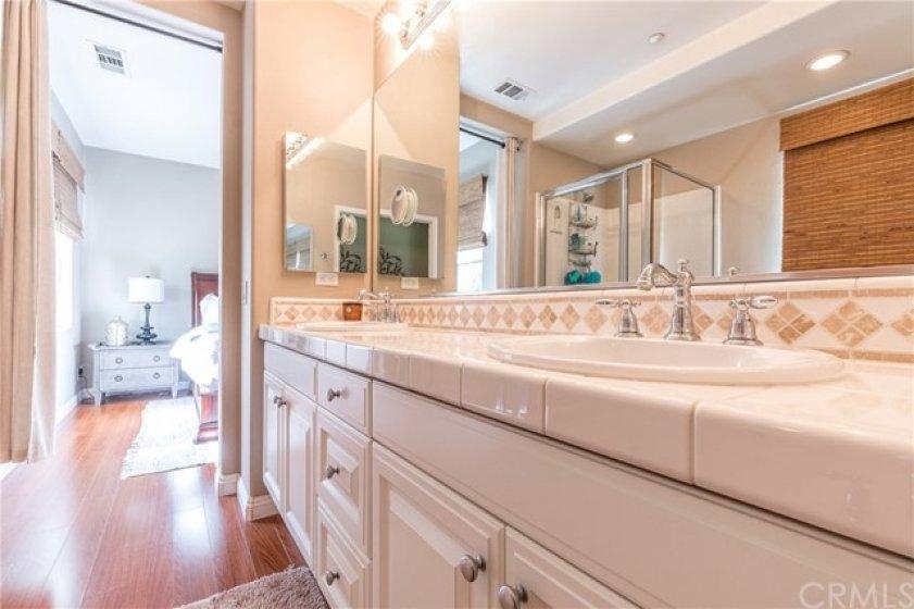 Decorator backsplash at master bath room