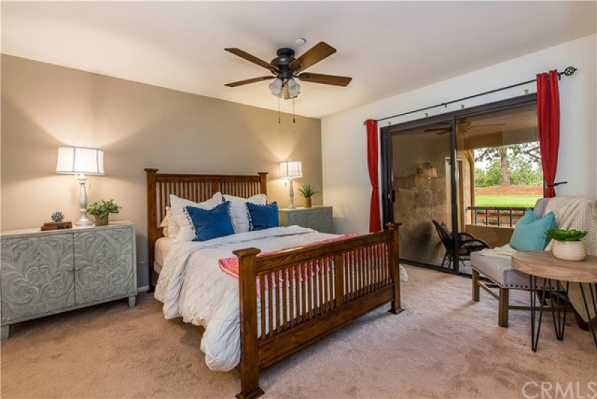 Large Master Bedroom with Private Patio/Lana