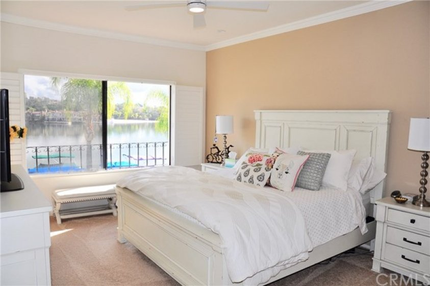 Master Bedroom with Lakefront View