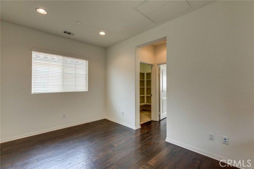 Office loft 783 Gatun #243