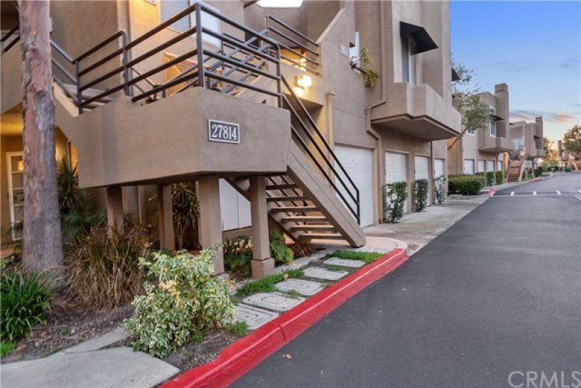 Lower level unit in a beautifully maintained community