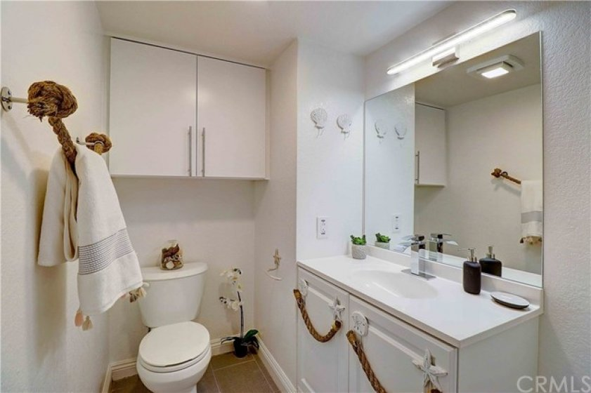 Guest bathroom on 1st level