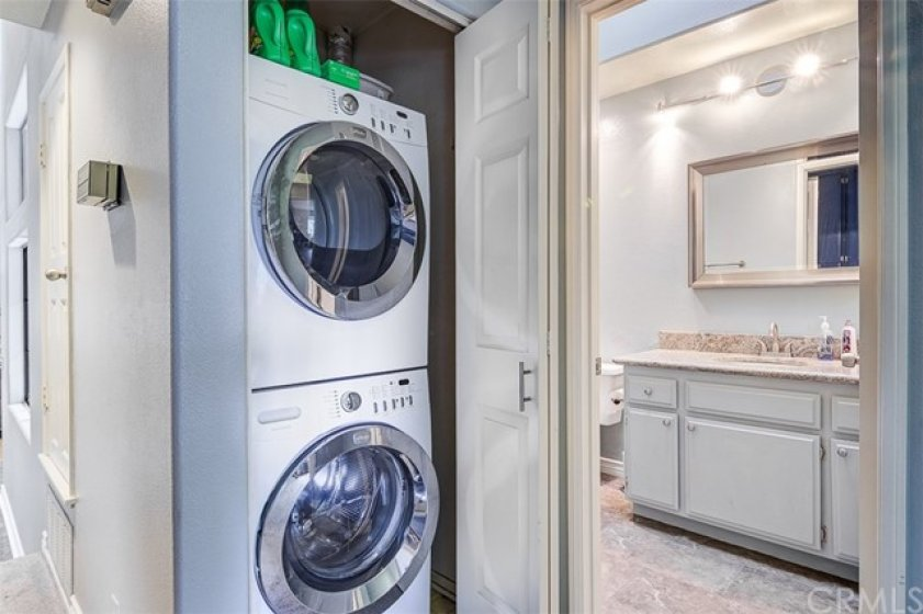 Stackable washer and dryer stay with purchase of home