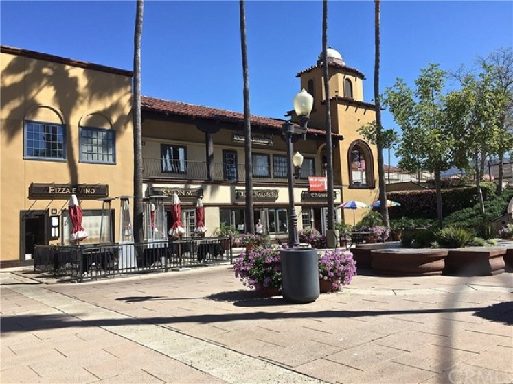 Restaurants, Grocery Store, and Pharmacy all walking distance from 1 Calle Melinda