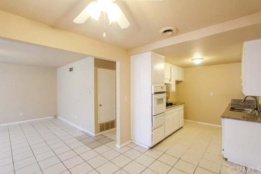 Kitchen-and-LivingroomViewLookingFromDiningArea
