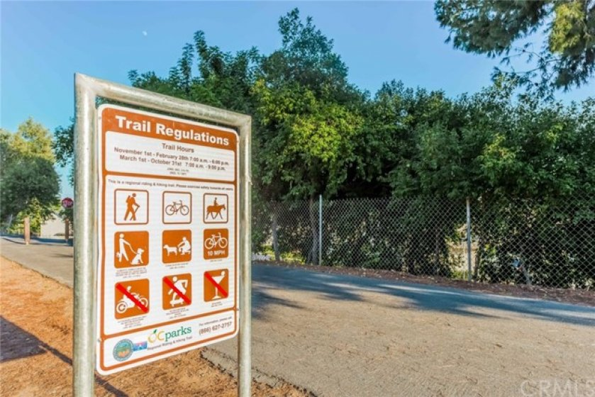 Direct Entrance to the El Cajon Walking Trail from the Community