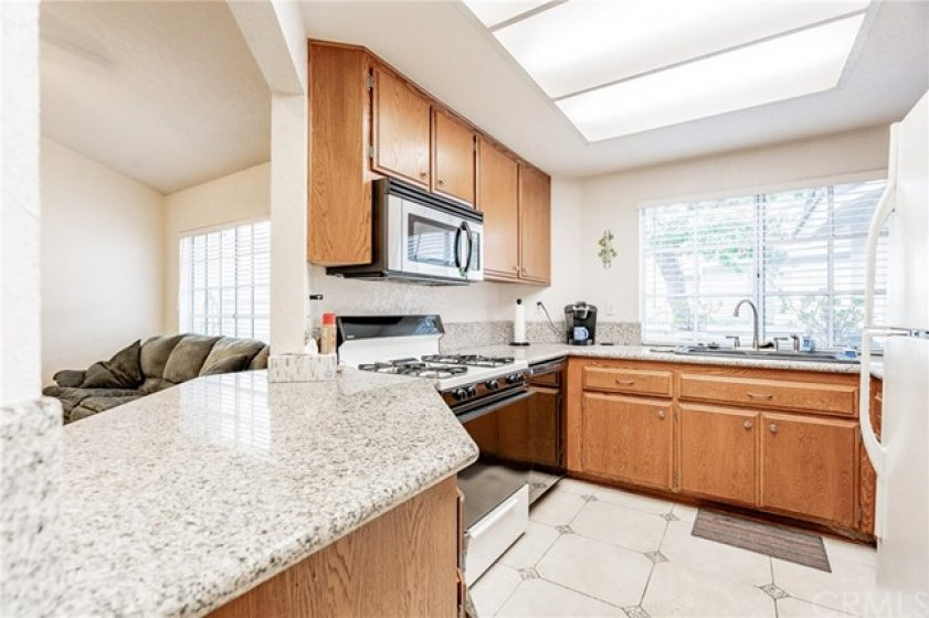 Granite Counter tops and Newer dishwasher!