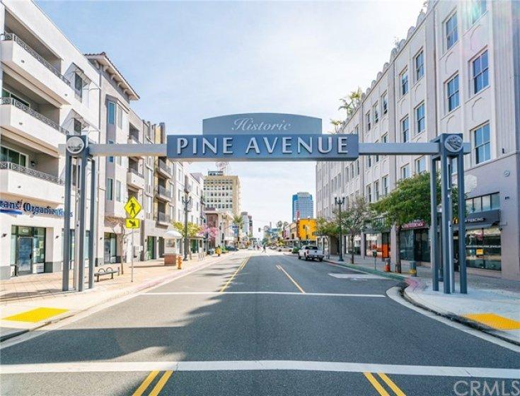 Pine Street just steps away