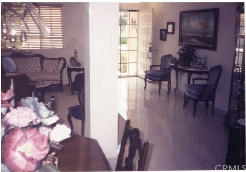 Old photo of Living Room circa 1990