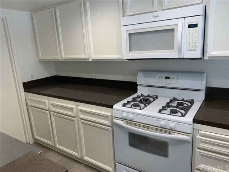 Microwave, Stove, Fresh Paint and new Granite Counter Tops