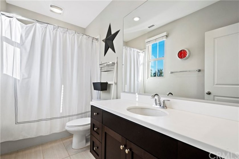 Attached bath to bedroom 2