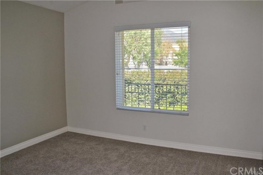 Master bedroom does have high ceiling, enjoy the mountain view