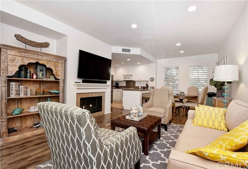 Fireplace, recessed lights, spacious and clean design!
