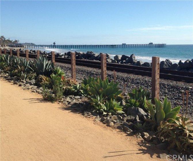 Walk to the San Clemente Beach Trail