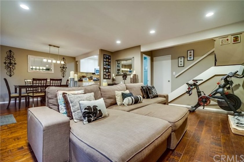 Welcome to this beautiful 2 Bedroom, 3 Bath unit.