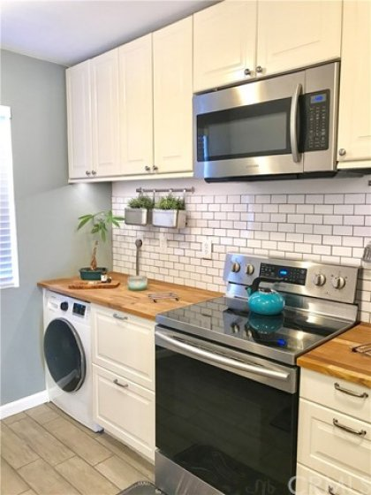 Laundry W/D Conveniently Located Inside Kitchen