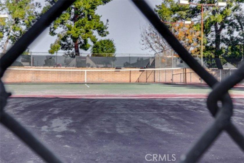 HOA common area tennis courts