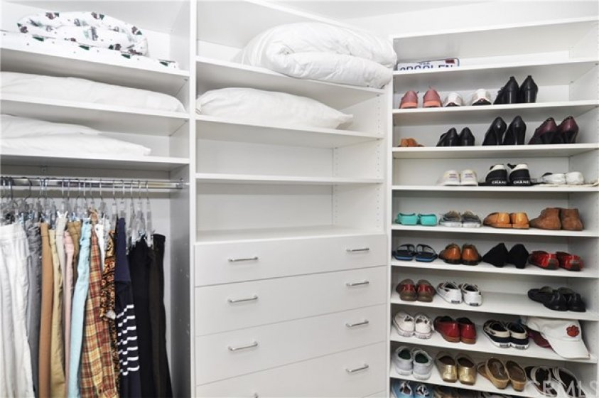 Master closet...mine doesn't look like this!