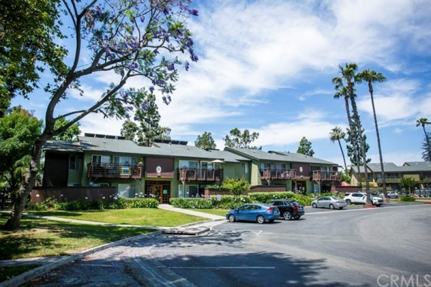 Welcome to Creekside Village, La Habra - Located in Orange Co and ideally located for your commute and shopping.