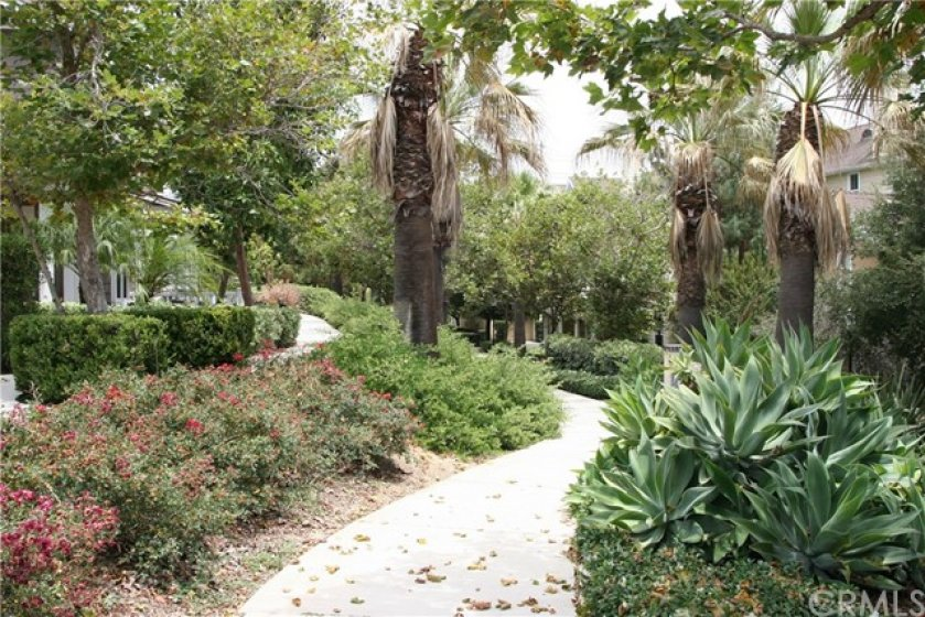 Nice little walking trail to calm your stress next to the home..