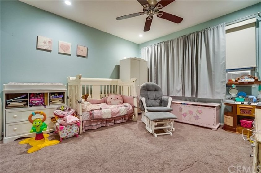 Second Bedroom perfect for Children or Guests.