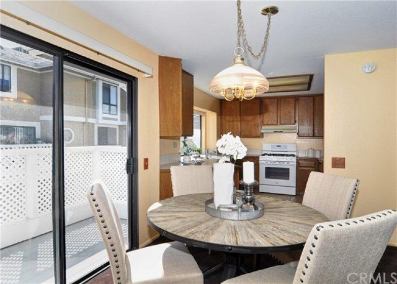 Dining room looking toward kitchen