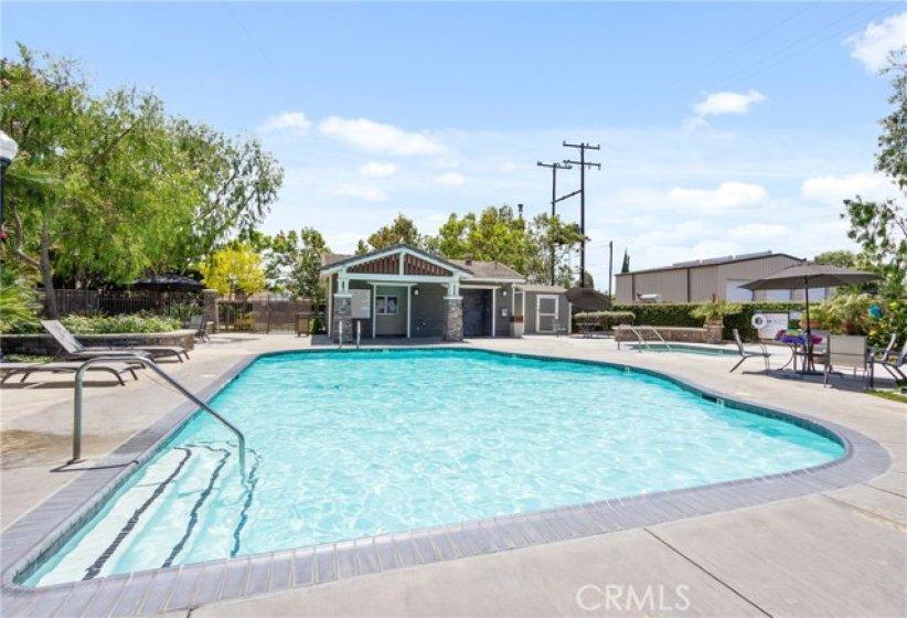 Sparking community pool & spa