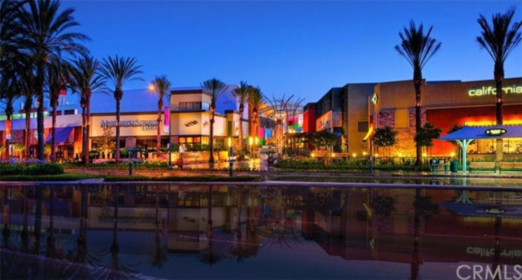 Downtown Disney shopping and dining located within 1.7 miles of home at 286 S. Seneca Circle