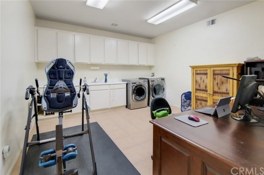 Rarely seen large laundry room.