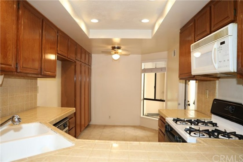 kitchen with breakfast nook will accommodate table and 4 chairs