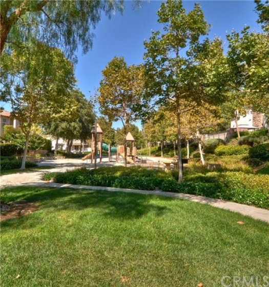 Ladera Ranch has many amazing parks, trails and green spaces.