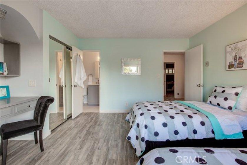 Second en suite master bedroom