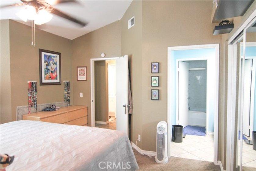 Master Bedroom & Bathroom Suite