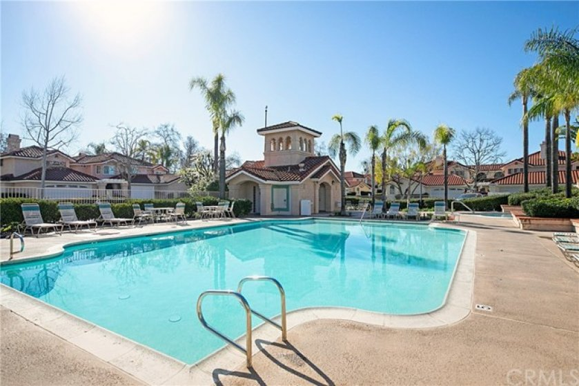 Desired Floramar community has a neighborhood pool/spa for homeowners. HOA also covers city beach club access, pool access, and sports courts to all city access areas.