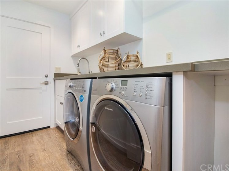 INSIDE LAUNDRY ROOM LEADS TO ATTACHED GARAGE