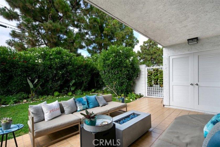 Lush garden patio.  Great for entertaining or relaxation. Enjoy!