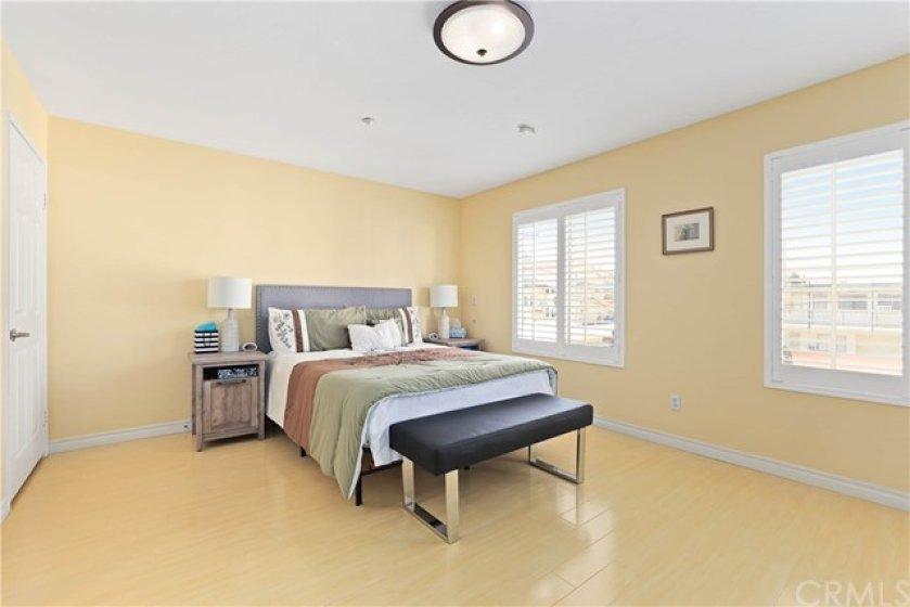 9-Master bedroom