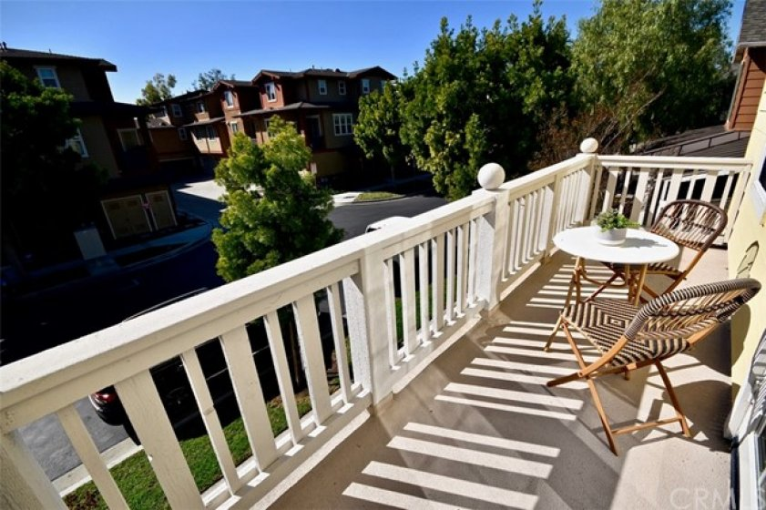 Lovely Private Deck off Master Bed